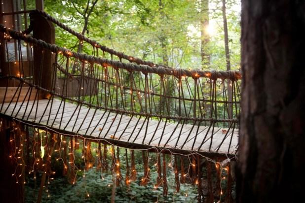 Orman İçinde Muhteşem Antik Muhteşem Ağaç Ev (2)