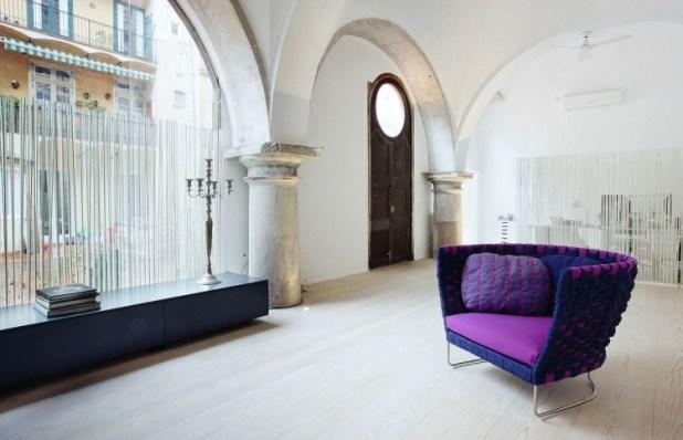 barselonada-500-yillik-bir-evin-modern-yasama-carpici-donusumu-6