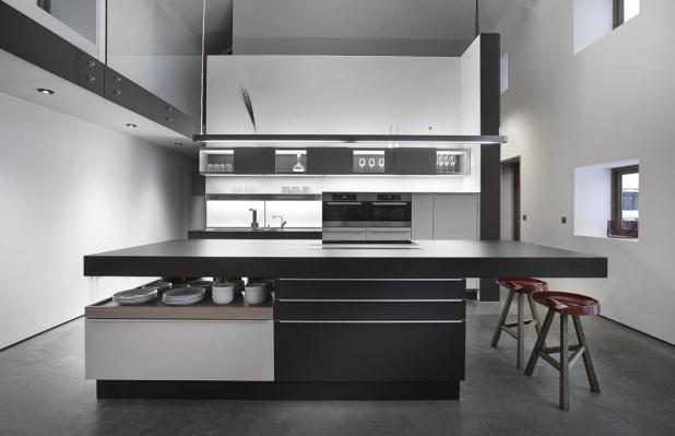 modern-gri-tonlu-mutfak