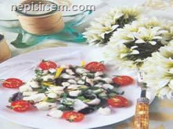 Ahtapot Salatası  tarif tarifi