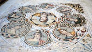 zeugma-antik-kentinde-uc-yeni-mozaik-bulundu-47322-02112014121541