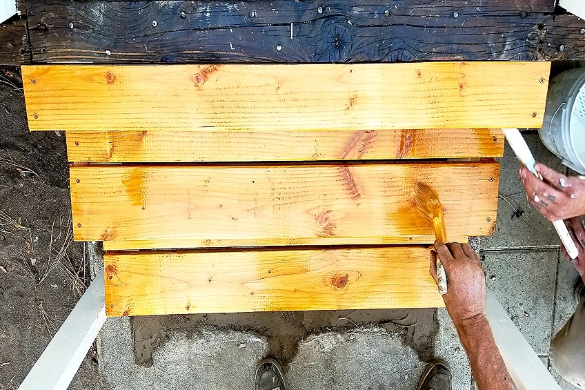 how to choose the best deck paint or stain