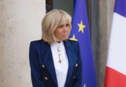 """Résultat de recherche d'images pour """"Brigitte Macron : Son manteau dont on est déjà accro"""""""
