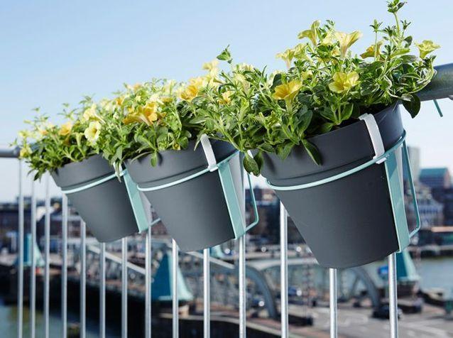 la jardiniere qui egaiera votre balcon