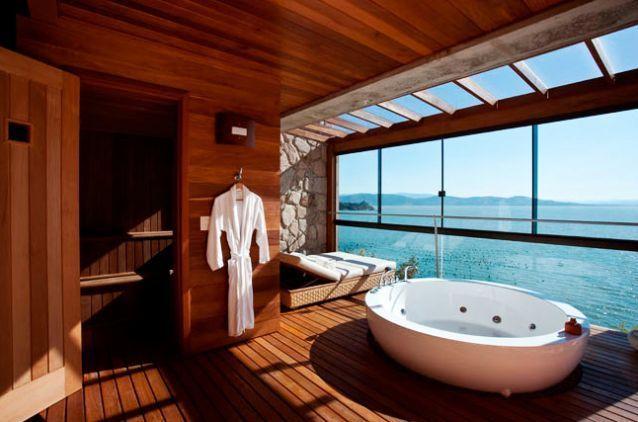 salle de bain avec vue