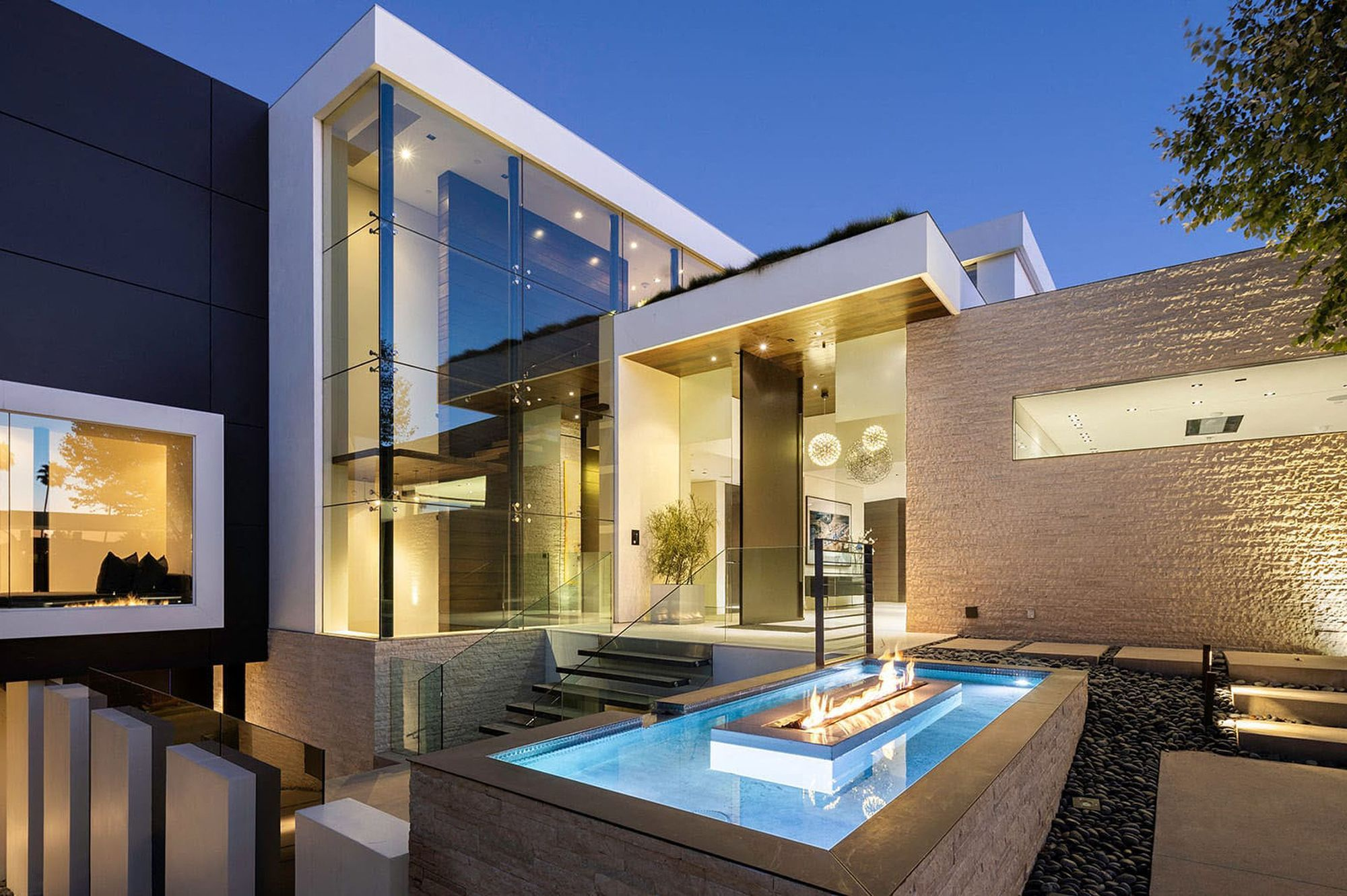 Dans La Villa De Luxe Louee Par Victoria Et David Beckham A Beverly Hills