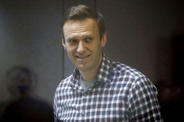 L'opposant russe Navalny peut avoir un arrêt cardiaque «d'une minute à l'autre»
