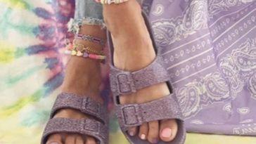 les sandales colorées de la collection capsule sont encore disponibles !