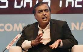 प्रधानमंत्री के निजी क्षेत्र पर जोर से उद्यमियों लिये अवसरों की 'सुनामी': मुकेश अंबानी- India TV Hindi