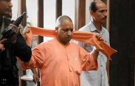 Yogi Adityanath hits out at Rahul Gandhi over his tweet on Ghaziabad incident- India TV Hindi