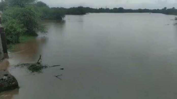 गुजरात के कई जिलों में भारी बारिश