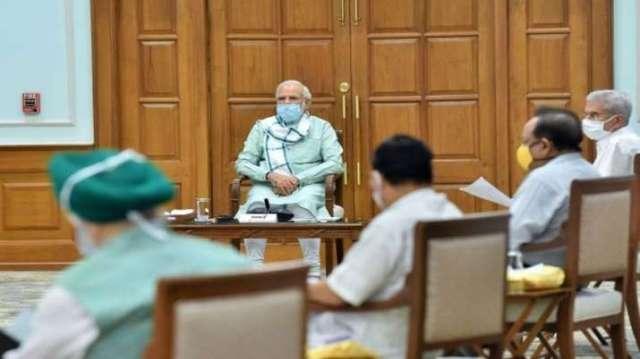 PM Narendra Modi Launched Aatmanirbhar UP Rojgar Abhiyan, 1Cr  Migrant Workers get jobs- India TV Paisa