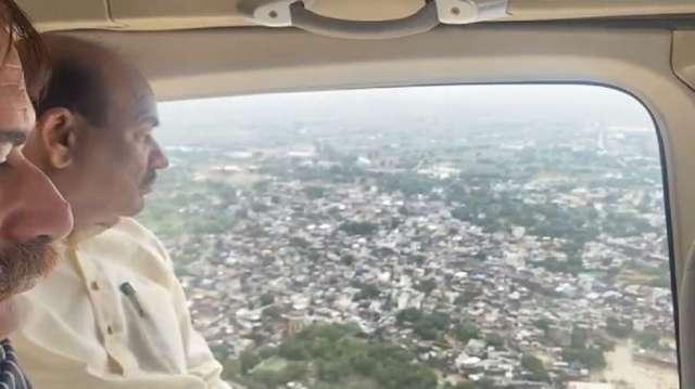 ओम बिरला ने नांव से संसदीय क्षेत्र कोटा के सांगोद विधानसभा क्षेत्र में आई बाढ़ का अवलोकन किया- India TV Hindi