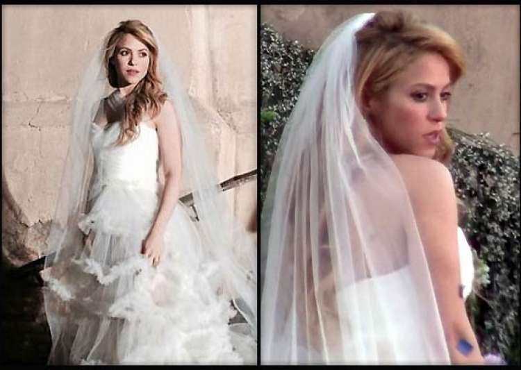 Shakira Spotted In Wedding Dress, Is Marriage On Cards