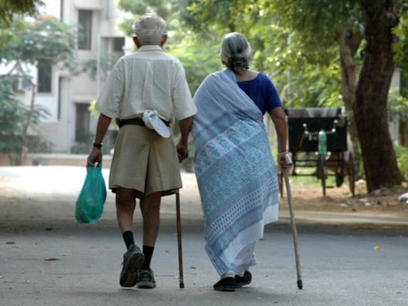 77% Indian parents expect to live with sons, and not with daughters, in old age | India News – India TV