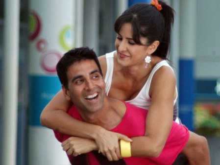 Image result for images of akshay kumar and katrina kaif