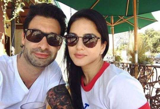 Image result for Sunny Leone shares key to sparkling chemistry in relationship
