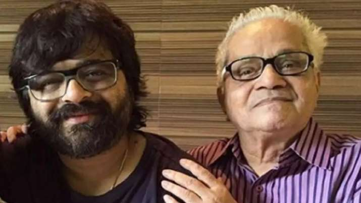Music composer Pritam Chakraborty's father passes away