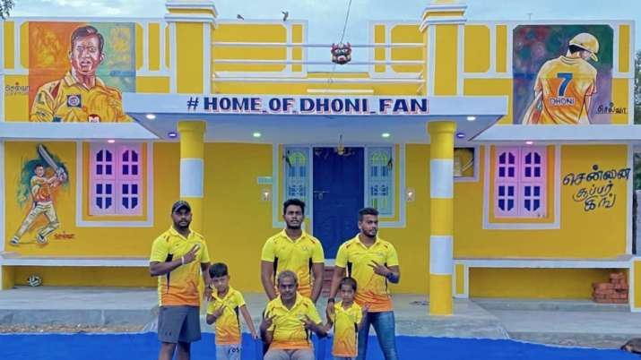 MS Dhoni die-hard fan paints his home in CSK colour, makes Thala's portrait on wall