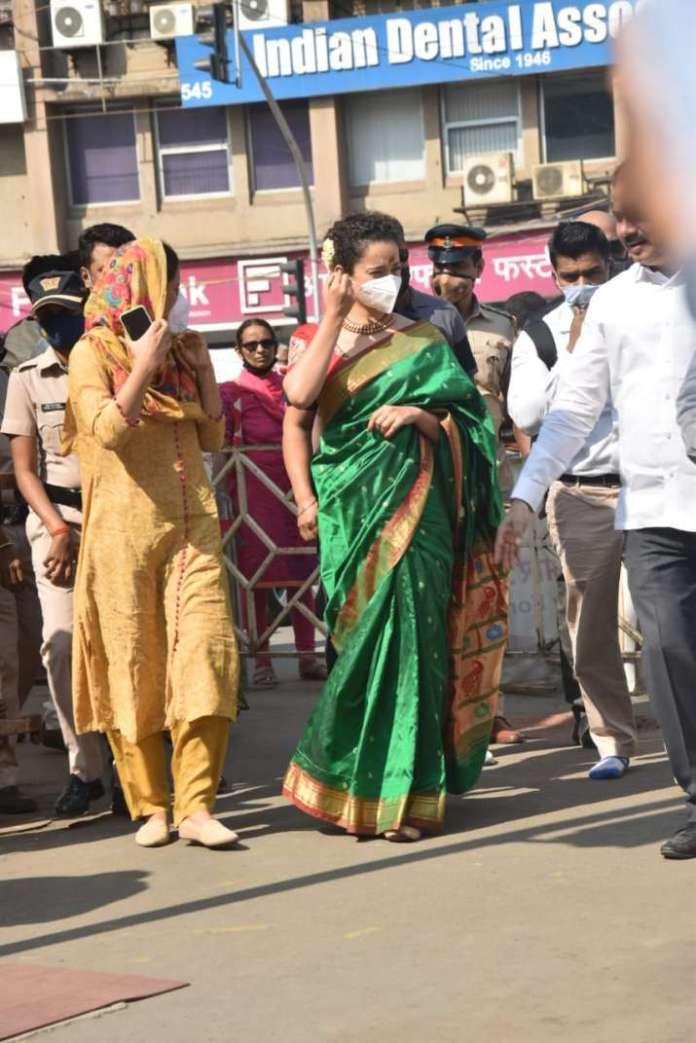 इंडिया टी वी - सीधी विनायक मंदिर में कंगना रनौत
