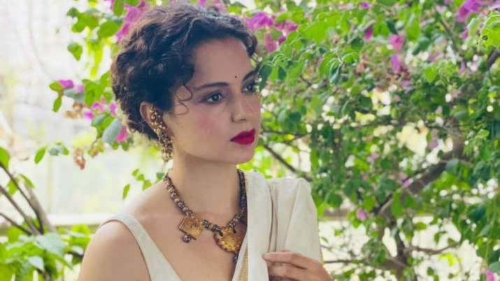 Kangana Ranaut celebrates 15 years in Bollywood, pens down heartfelt note & remembers debut film 'Gangster'