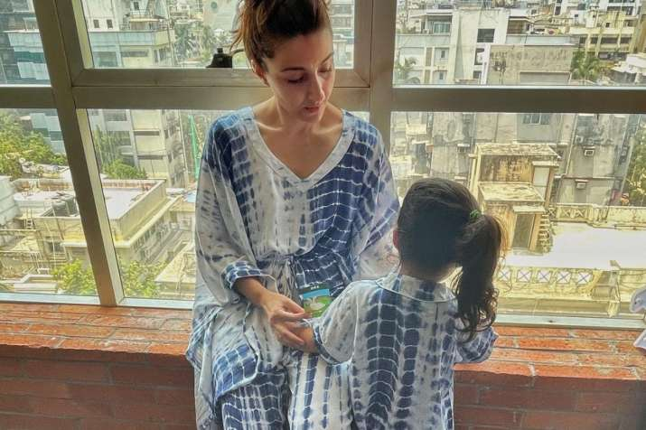 Soha Ali Khan twins with daughter Inaaya in latest post, says be grateful for what you have