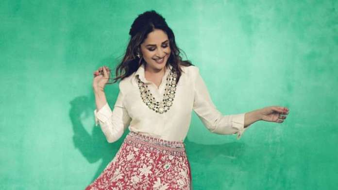 Video: On World Dance Day Madhuri Dixit launches online dance campaign to reduces mental stress   Latest News Live   Find the all top headlines, breaking news for free online April 29, 2021