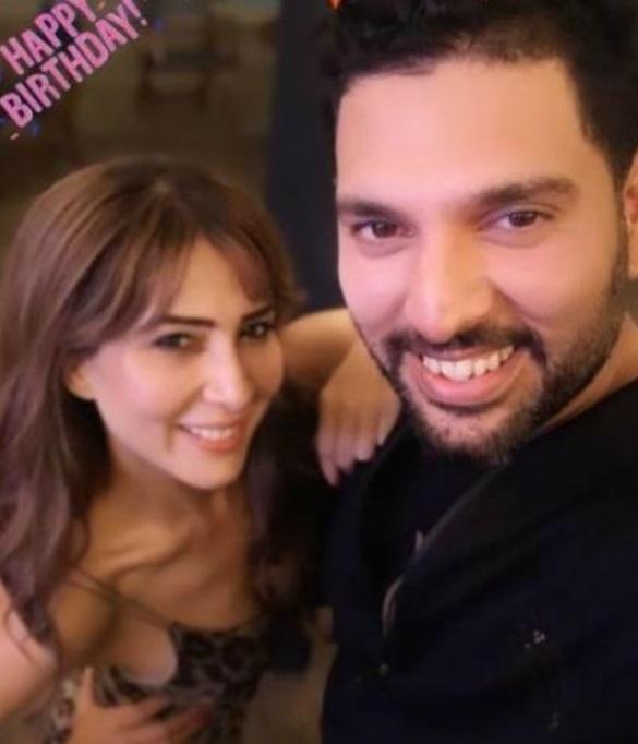 India Tv - Kim Sharma and Yuvraj Singh