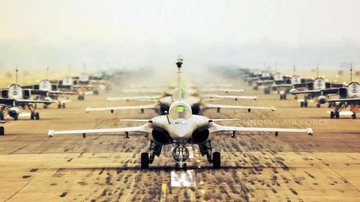India Tv - IAF, 75 Aircraft Elephant Walk