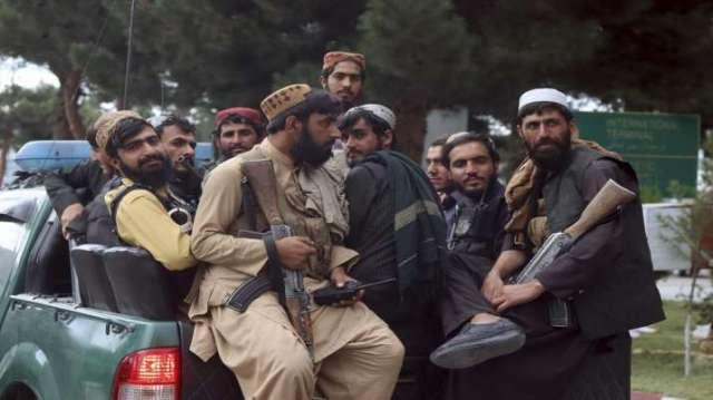 अमेरिकी सैनिकों के औपचारिक रूप से अफगानिस्तान छोड़ने के ठीक एक दिन बाद