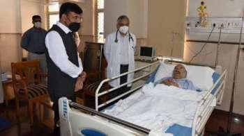 Congress slams Mandaviya for 'walking in with photographer' while visiting Manmohan at AIIMS