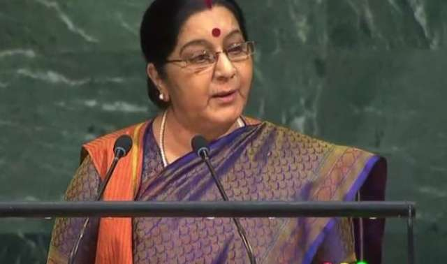 सुषमा स्वराज : हमने IIT, IIM, AIIMS बनाए पाक ने लश्कर, जैश, हक्कानी जैसे संगठन को पैदा किया