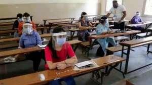 JEE MAIN Exam 2020: कोरोना संक्रमित छात्र कैसे देगा परीक्षा, जानिए क्या है नियम 2