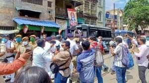 पुलिस ने उखाड़ा मंच, फिर भी बंगाल BJP ने किया मारे गए पार्टी कार्यकर्ताओं का 'तर्पण' 2