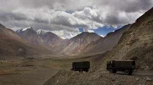 'बॉर्डर इलाके में रोड बना रहा है चीन, भारत को भी बनानी चाहिए' 2