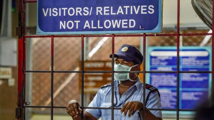 अस्पताल से कोरोनावायरस का सख्त रोगी भागा