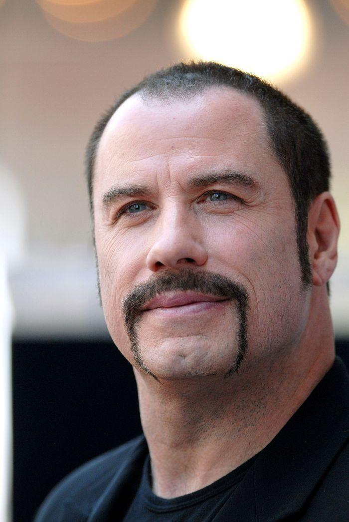 La Moustache De John Travolta Hommes Clbres