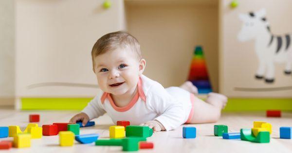 10 activites d eveil pour bebe de 6 12 mois