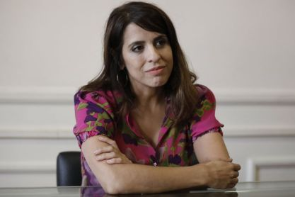 La exempleada doméstica de Victoria Donda la demandó por casi un millón de pesos - LA NACION