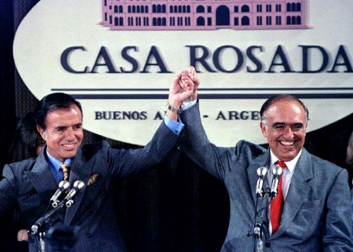 Menem y Carlos Ruckauf celebran el triunfo del 14 de mayo de 1995