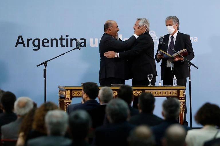 Con nuevo gabinete, Alberto Fernández anunciará aperturas a las restricciones e incentivos económicos - LA NACION