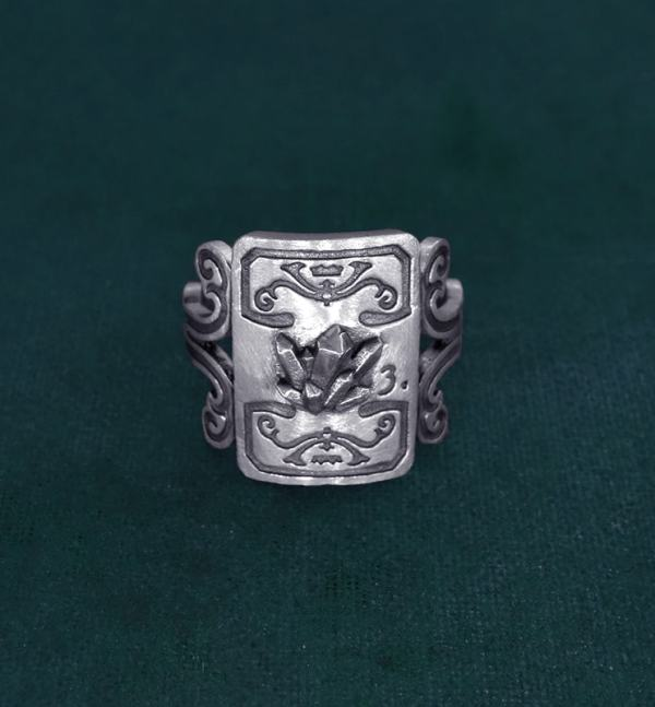 Ring with crystals and scrolls decoration imagined in l'handcrafted silver mineralogy spirit | Res Mirum