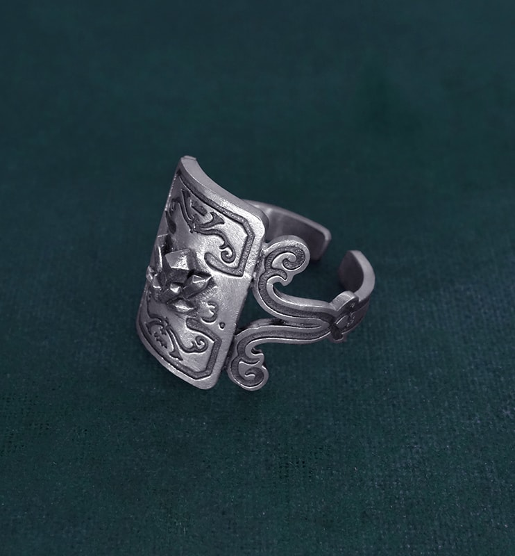 Ring with crystals and scrolls decoration imagined in l'hand made silver mineralogy spirit side view   Res Mirum