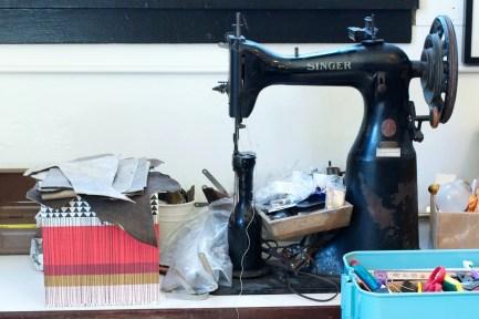 Miishka Handbags Studio - Singer Sewing Machine