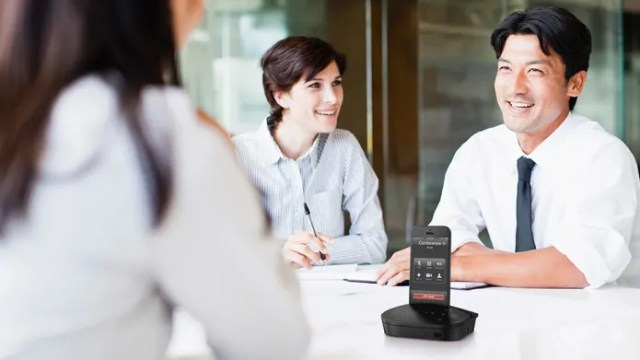 using p710e speaker for Group confrence