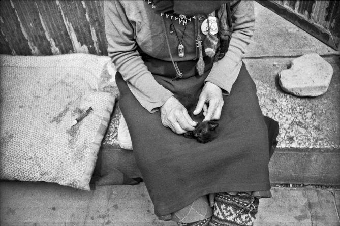 Ksenia-Yurkova, dos-passos, photo-story, georgia, black-and-white, other-side-of-europe, street-photography, photo-series