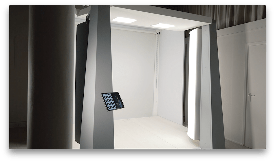 What Does This Robotic Photo Studio Mean For the Future of Fashion Photography?