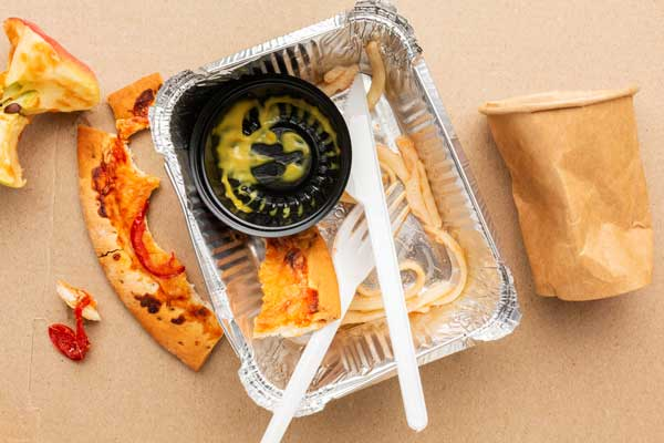 takeout food packaging waste