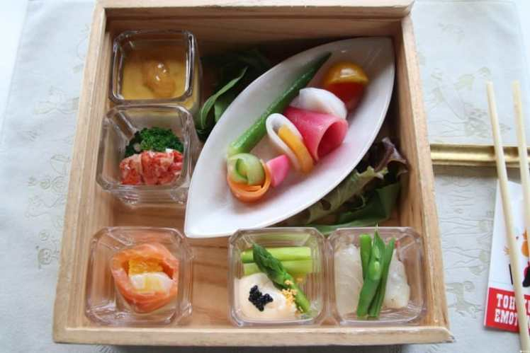 【青森】踏上東北美食列車 Tohoku Emotion