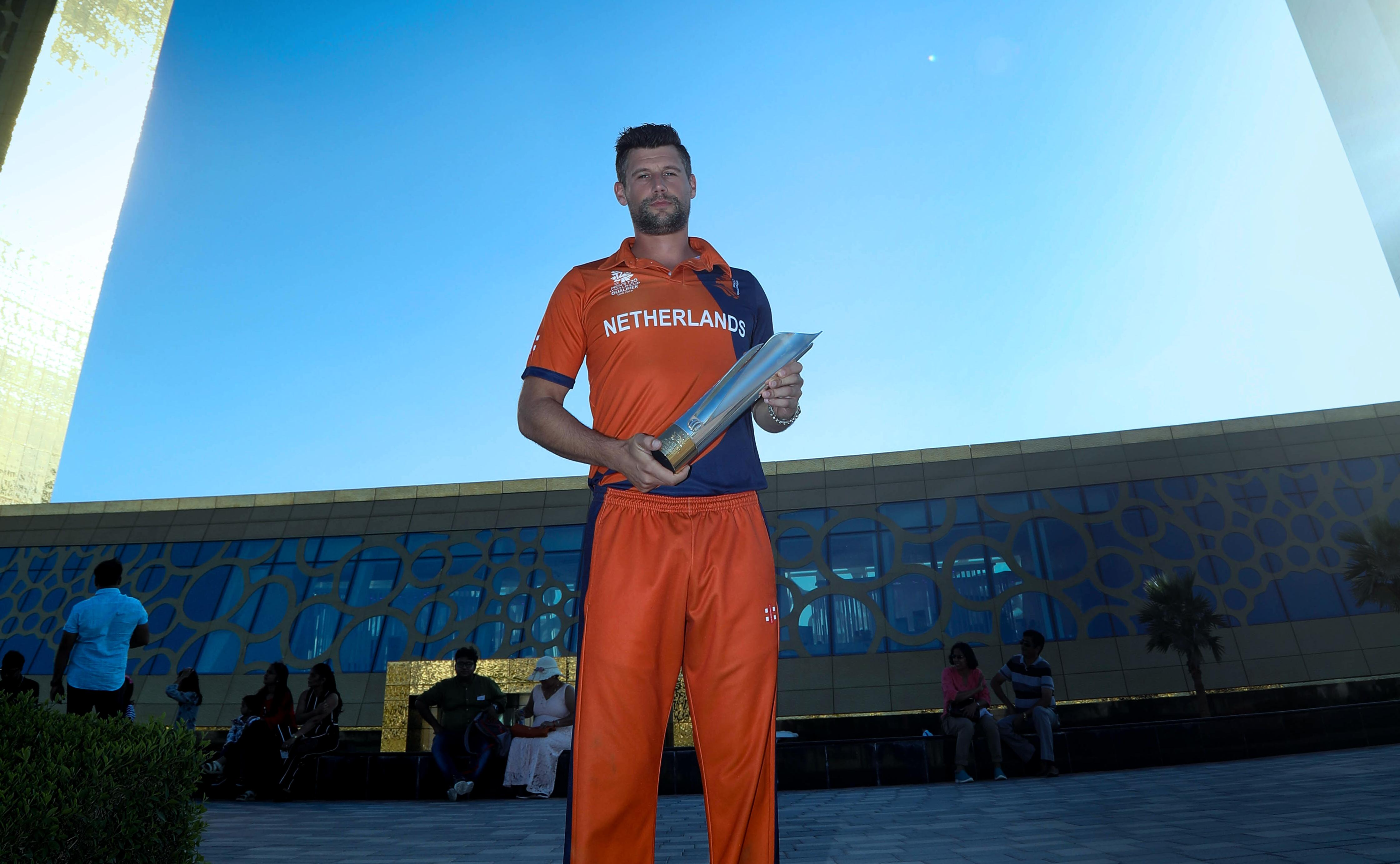 Seelar Poses With The Icc Men S T20 World Cup Qualifier Trophy